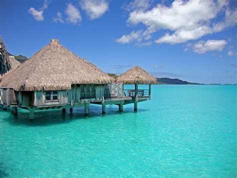 south pacific overwater bungalows fiji islands yfgt