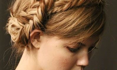 pregnancy hair style top 9 hairstyles for pregnant woman styles at life