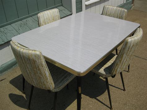 vintage 1950 s formica kitchen table w 4 chairs 50