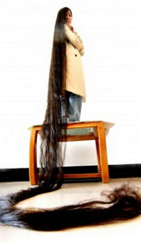 longest pubic hair in the world 12 year old girl with longest hair 5 feet 2 inches long