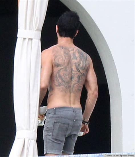 tattoo of us jen justin theroux sexy back and back tattoos on pinterest