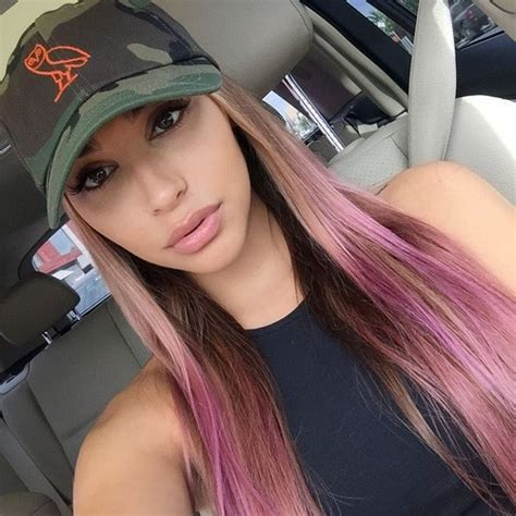 chantel jeffries hair chantel jeffries straight medium brown chunky highlights
