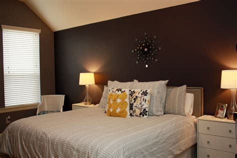 pic new posts wallpaper accent wall master bedroom