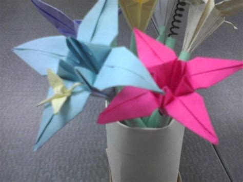 Can You Make Origami With Regular Paper - make a vase of paper flower pens