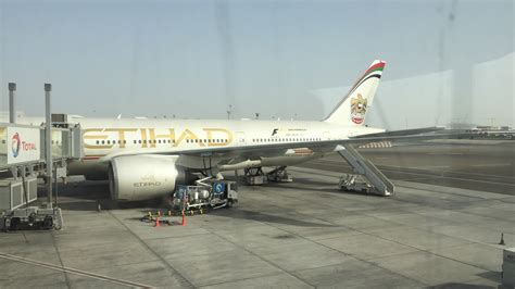 Etihad Airways review etihad airways economy 777 200lr abu dhabi to los