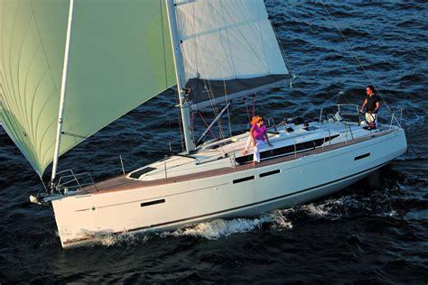 boat foredeck cushions sun odyssey 419 jeanneau boats