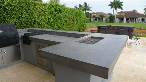 Concrete Countertops For Outdoor Kitchen by Firepits Built Into Concrete Counter Tops In Outdoor