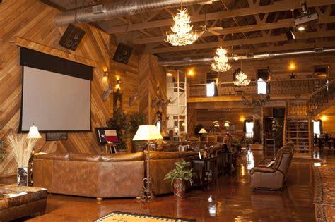 Morton Homes this seemingly ordinary texas barn hides a stunning interior