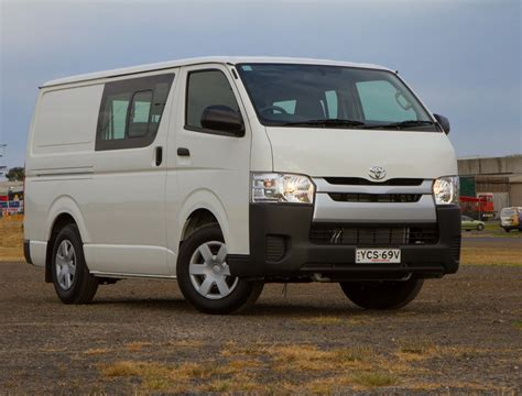 toyota hiace 2015 2015 toyota hiace lwb crew cab review practical motoring
