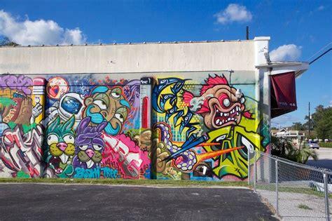 Wall Murals Graffiti graffiti in the mills 50 area orlando florida