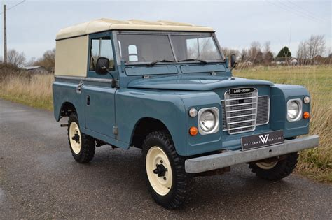 land rover series 1 hardtop land rover series 3 88 quot hardtop and 56 000 miles from new