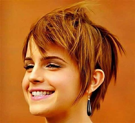 shaggy hair chubby cheeks 1000 images about korte kapsels on pinterest short