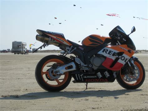 Motorrad Auspuff Unter Sitz by Fireblade Repsol