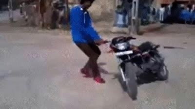 funny animations gif images  whatsapp facebook