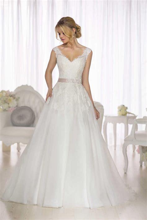 hochzeitskleid nähen d1662 wedding dress from essense of australia hitched co uk