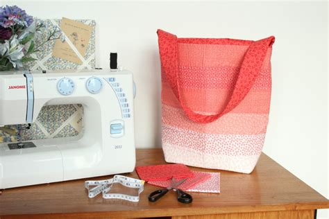 Patchwork Quilting Blogs Uk - how to make a patchwork quilted bag hobbycraft