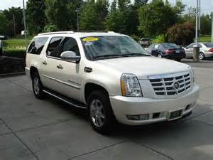 Cadillac Escalade Pearl White Find Used 2007 Cadillac Escalade Esv Xl Captains Dual
