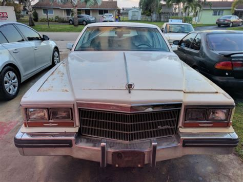 1988 Cadillac Fleetwood Brougham by 1988 Cadillac Fleetwood Brougham Classic Car For Sale