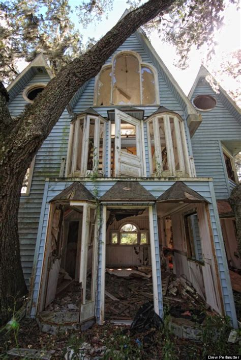 a look at a haunting forgotten treehouse