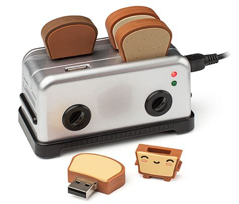 Toaster Shaped Like Toast Toaster Usb Hub And Toast Flash Drives Neverseenthis