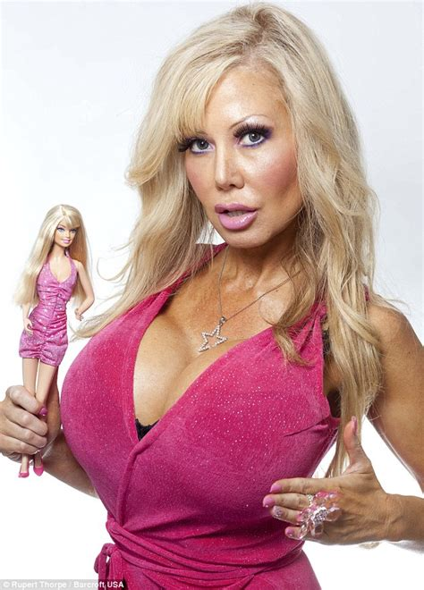 blondie bennett has hypnotherapy to make her like