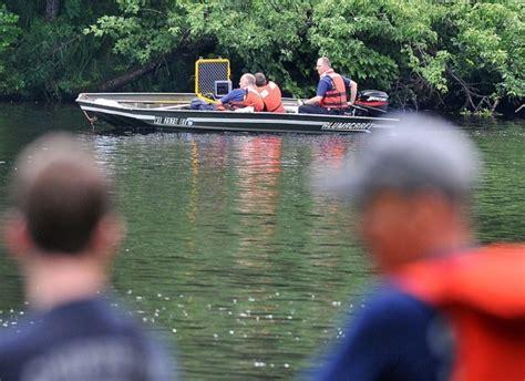 boat crash wisconsin alcohol factor in fatal boat crash investigated local