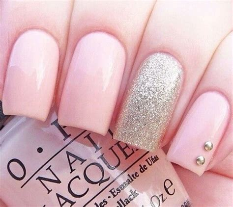 a simple and easy girly zebra nail art design finger so cute and girly image 2502151 by taraa on favim com