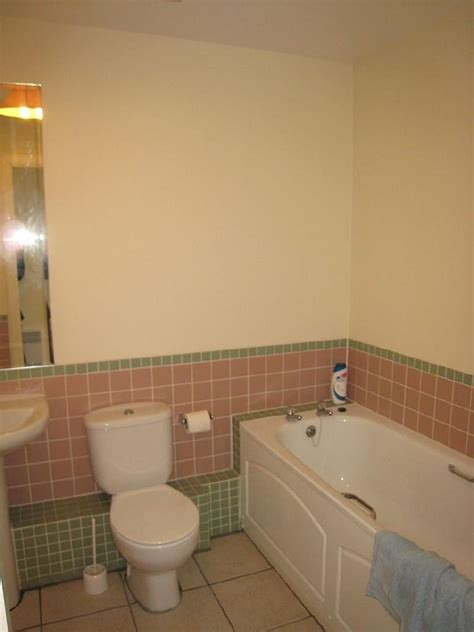 nuimage bathrooms swindon uk 2 bedroom apartment to rent in the plaza sanford street