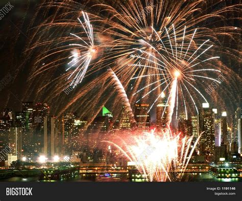 new year fireworks hudson new year fireworks hudson river 28 images places to