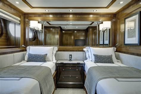 caryali  alloy yachts american luxury