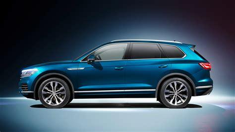volkswagen suv touareg vw touareg techy flagship suv revealed in beijing