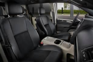 Dodge Grand Caravan Seats 2017 Dodge Grand Caravan Reviews And Rating Motor Trend