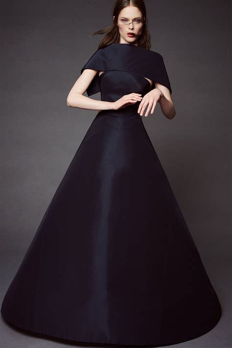 Get The Zac Posen Look For A At Oasis by Zac Posen Resort 2016 Runway Photos Runway Skirts And