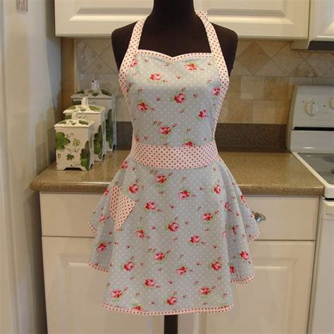 shabby chic apron buds in blue with pink dots