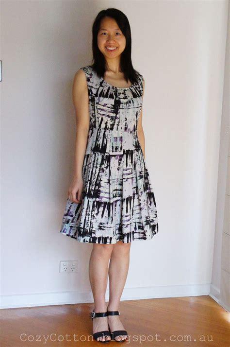 pattern review vogue dresses vogue patterns misses misses petite dress 1353 pattern