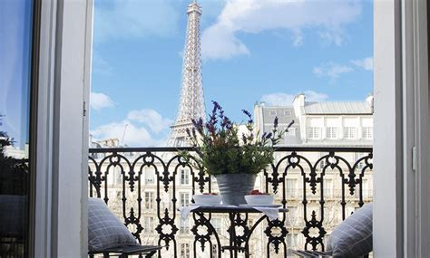 apartment in eiffel tower 1 bedroom paris accommodation with romantic eiffel tower
