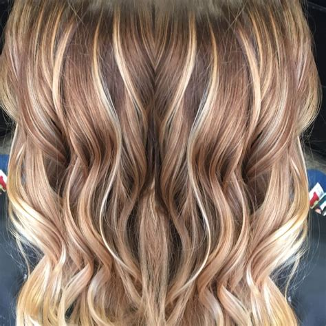 carmel and blonde highligh pictures balayage caramel hair great way to lighten brunette hair