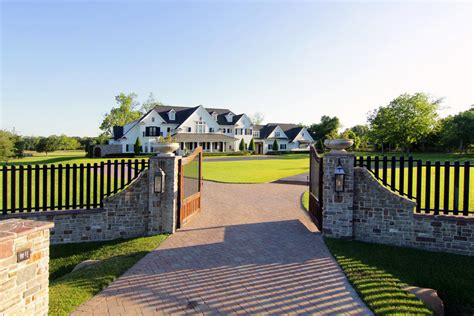 Porte Cochere Plans by 8 5 Million Country Style Mansion In Sugar Land Tx