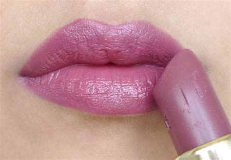 lipstick color for skin like