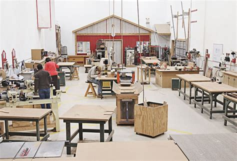 enter  makerspace wood magazine