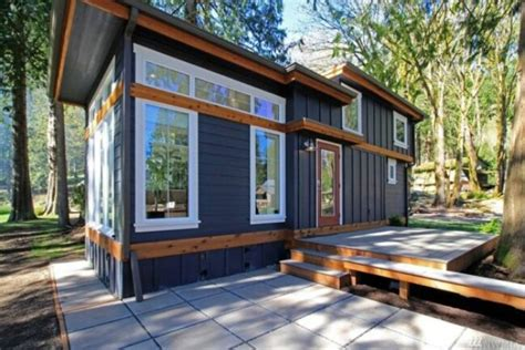 most luxurious tiny homes experience the lake life in a luxurious tiny house by