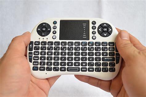 Wifi Andromax M2 keyboard mini bluetooth dilengkapi dengan air mouse usb