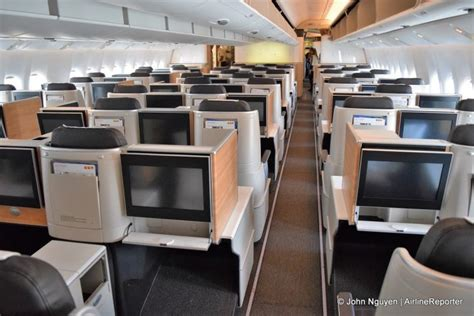 boeing 777 300er cabin touring swiss s new flagship boeing 777 300er article
