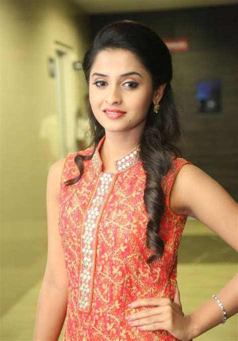 How To Be A Heroine by Heroine Grabbed Heroine Offer In Tollywood