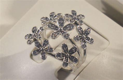 anelli con fiori pandora primavera 2016 bracciali ciondoli anelli