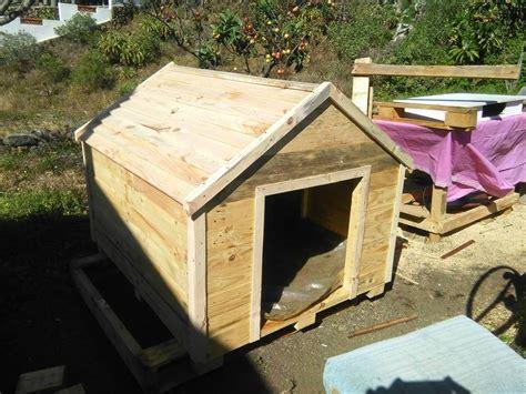 wood pallet dog house pallets wood dog house 99 pallets