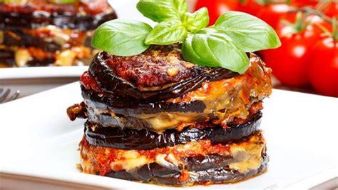 cucina melanzane alla parmigiana ricetta parmigiana di melanzane tipica della cucina siciliana