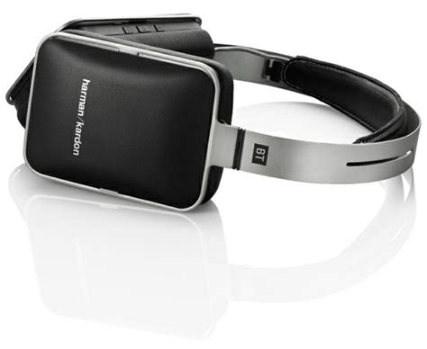 Headset Harman Kardon Harman Kardon Trots Out Five Iphone Matching Headsets
