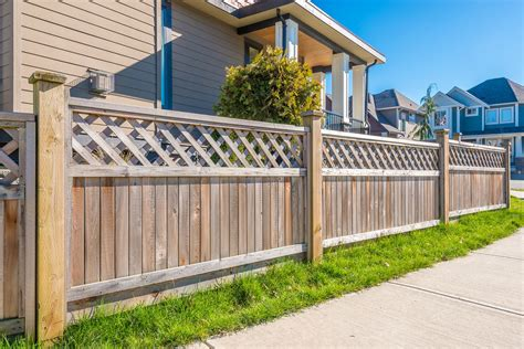 can you put a privacy fence in your front yard reasons to help you decide to put up fencing around your