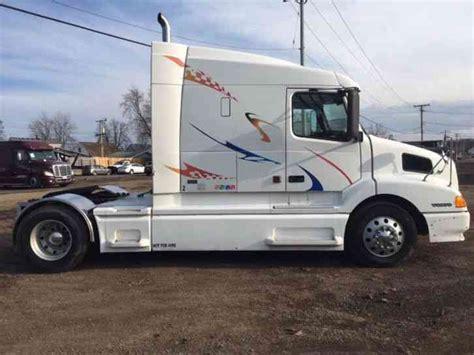 2000 volvo truck volvo vnl630 2000 sleeper semi trucks
